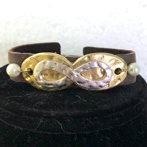 Jewelry - NWT. Leather bracelet. Infinity sign.